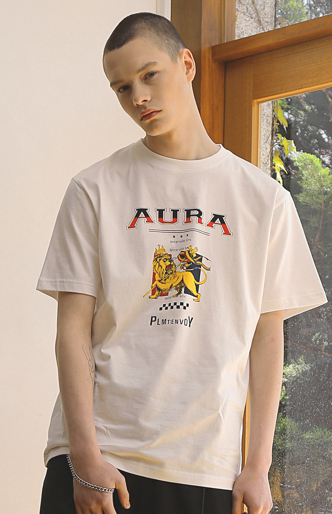 AURA T-SHIRTS / WHITE